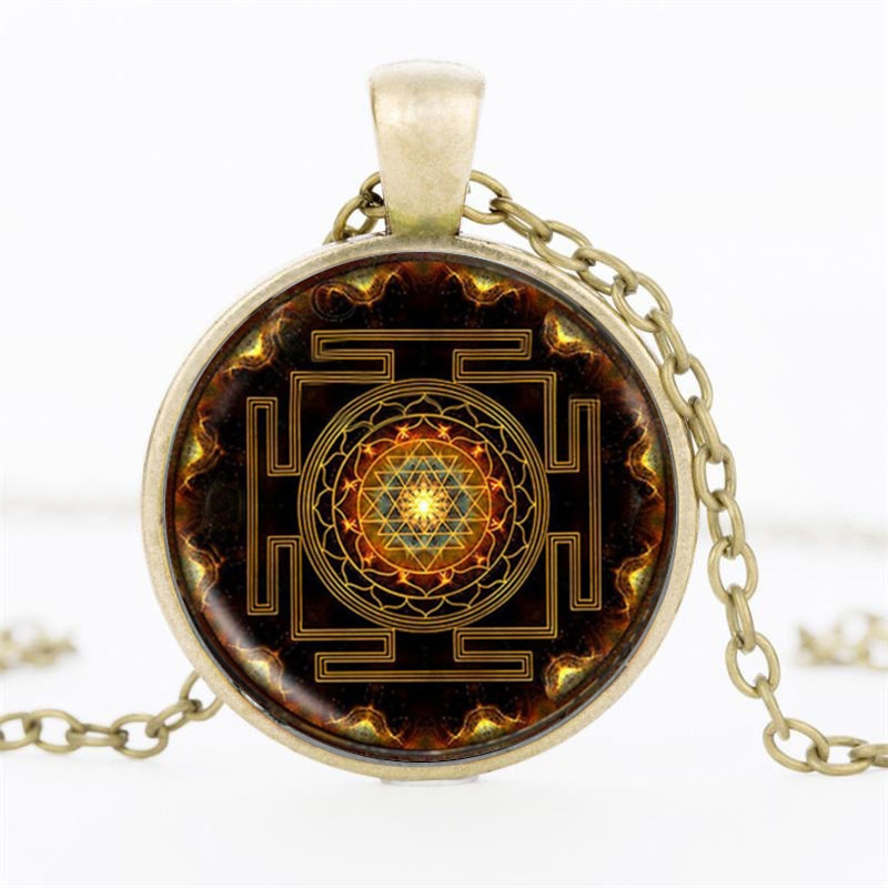 Chakra Spiritual Buddhist Sri Lanka Yantra Pendant Necklace for Men Women Sacred Geometry Jewelry meditation Prayer Necklace